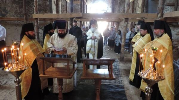 300 років з дня освячення соборного храму Ніжинського Благовіщенського монастиря